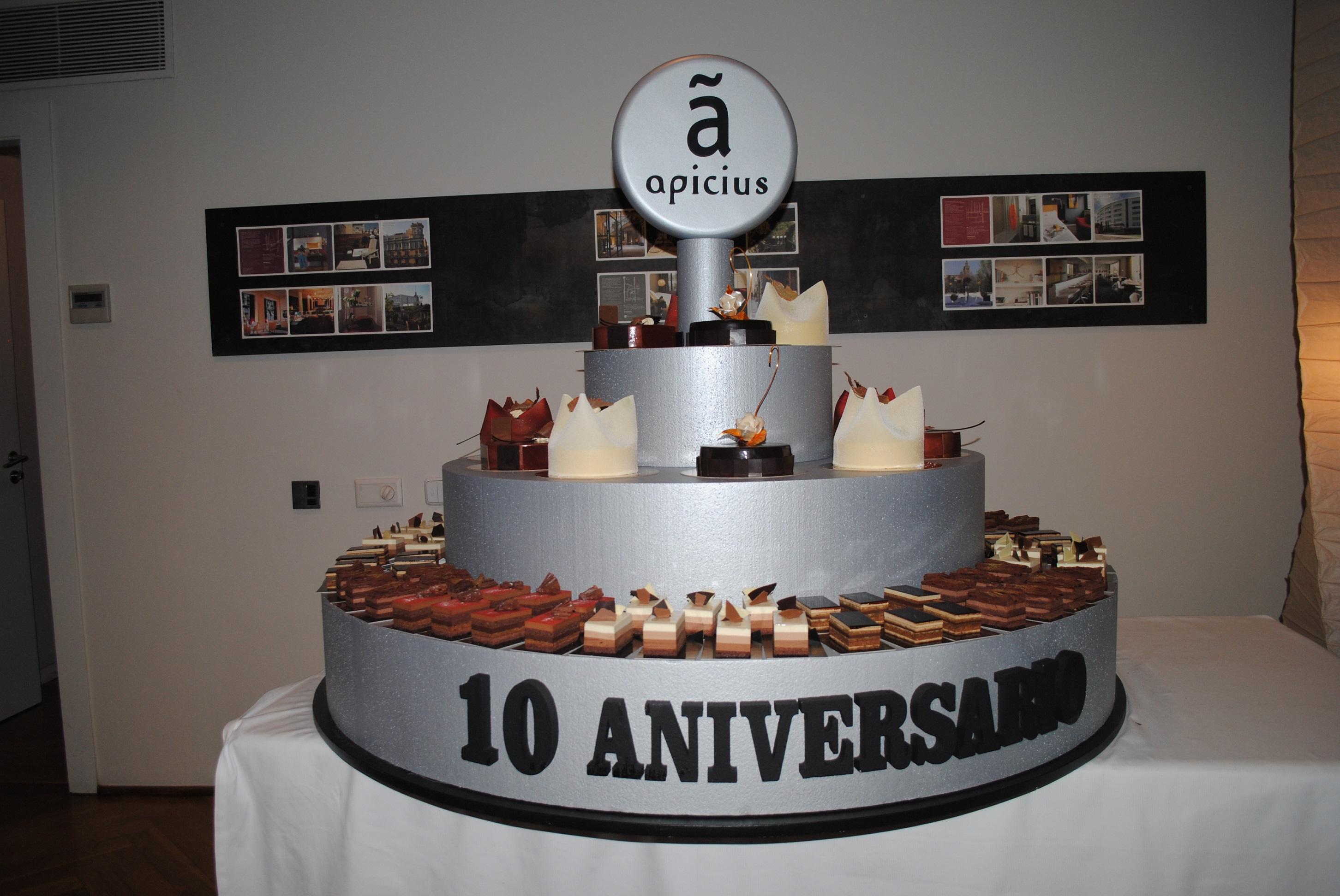 Tarta_red Fiesta X aniversario Apicius