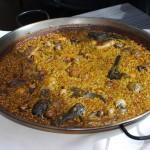 Que si quieres arroz Catalina : Una señora paella en Madrid.