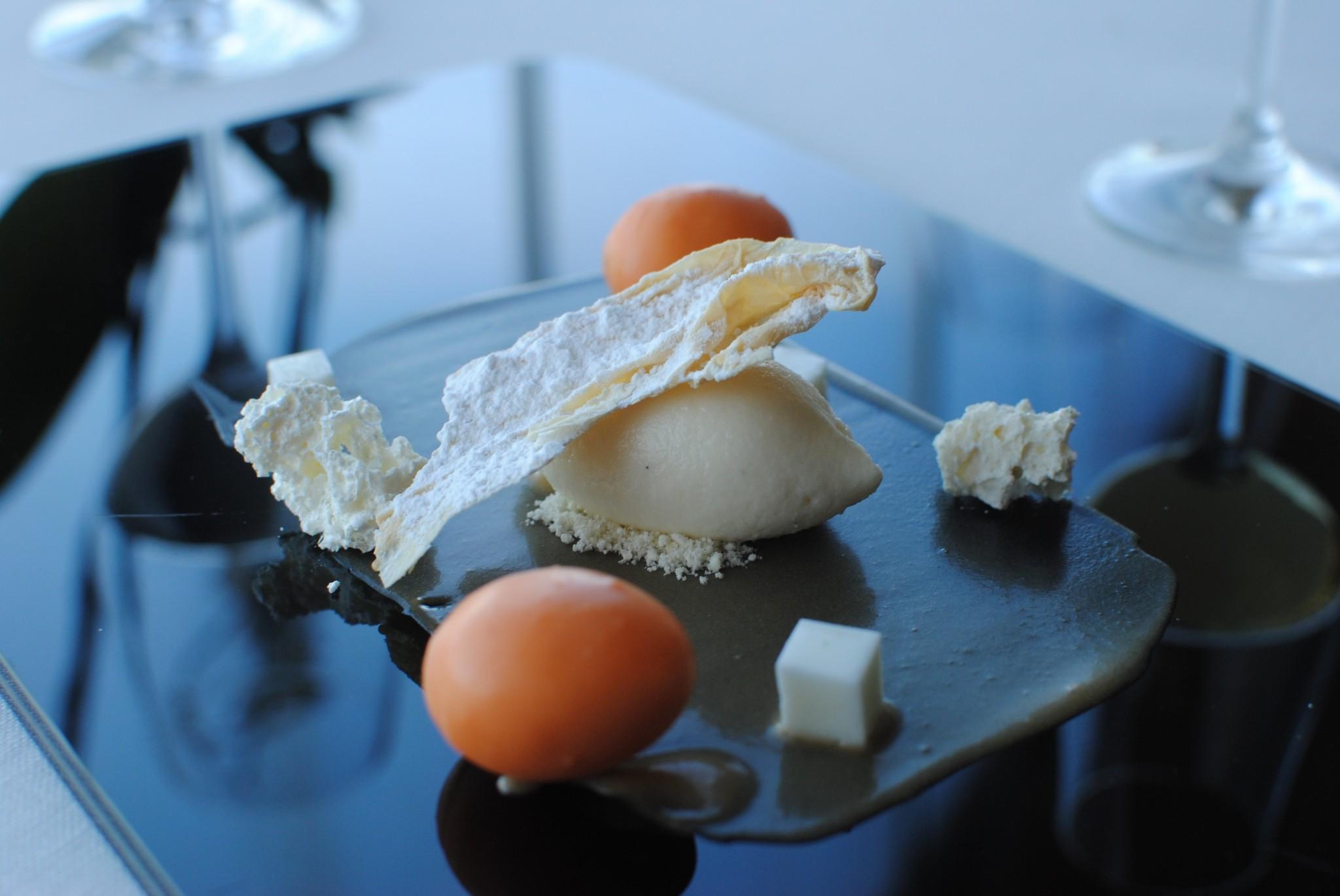 Huevo y leche_azurmendi