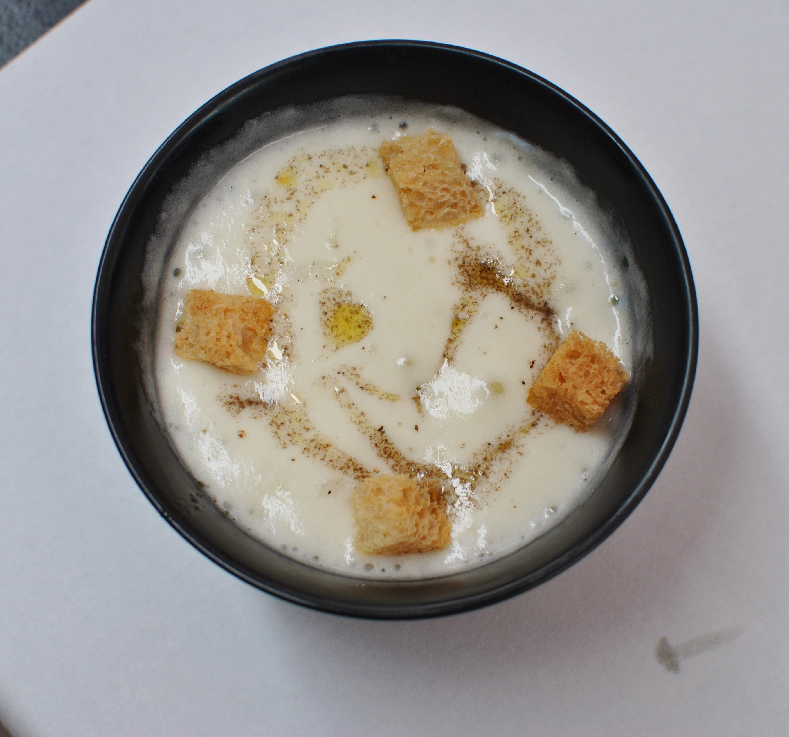 Huevo,patata,trufa_compartir