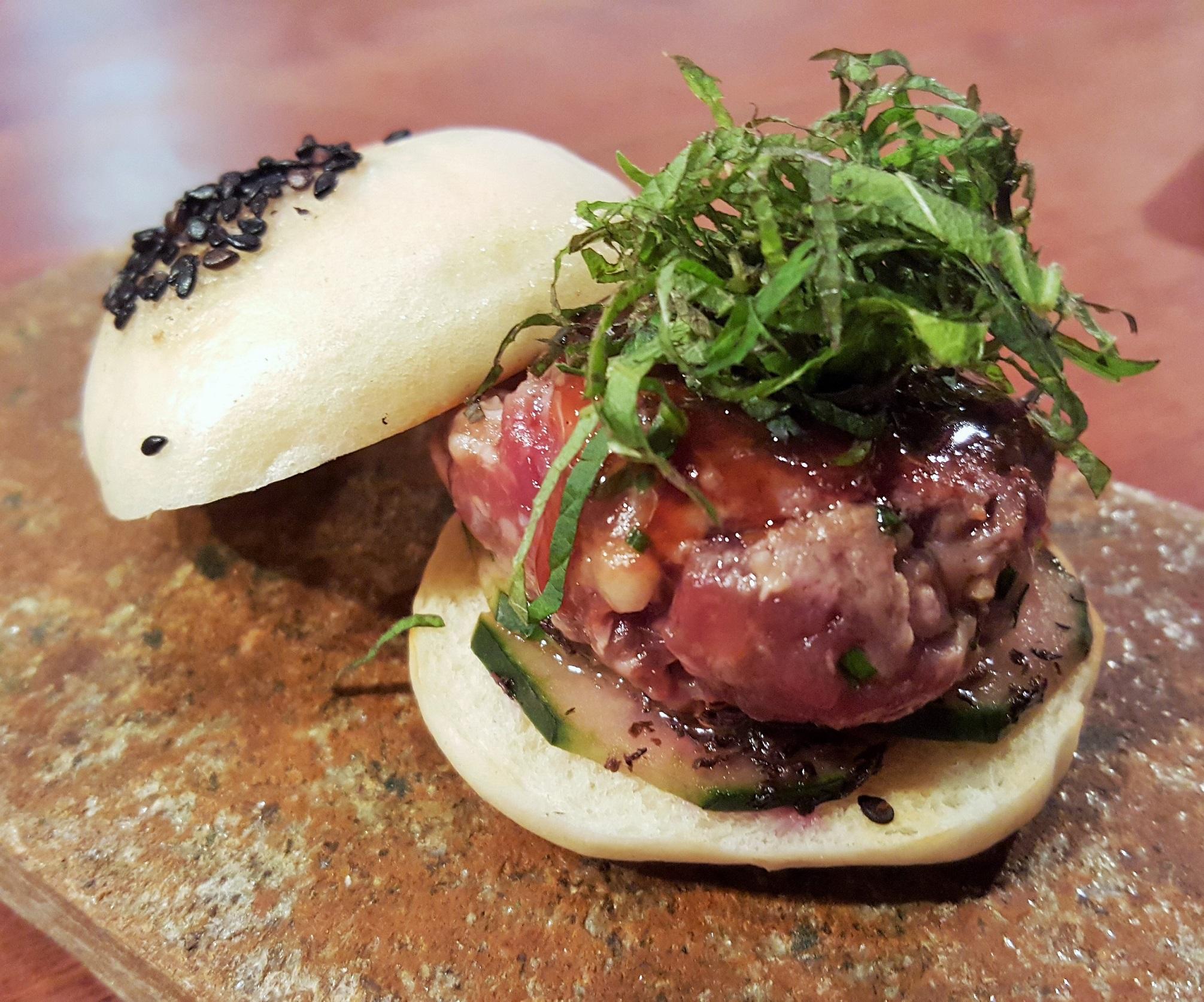 hamburguesa japonesa_2palillos