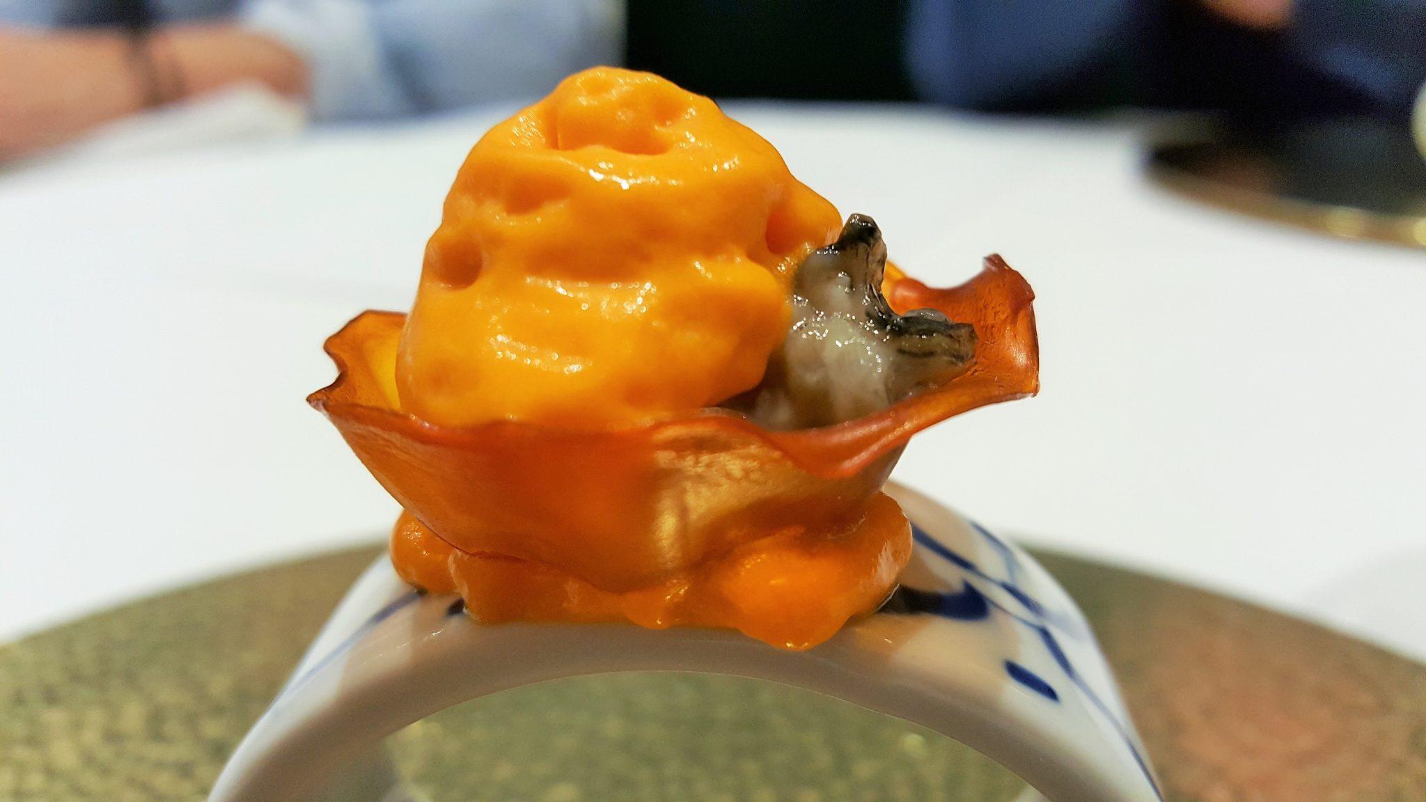 Kimchi con ibérico y ostra Soma de Arrando