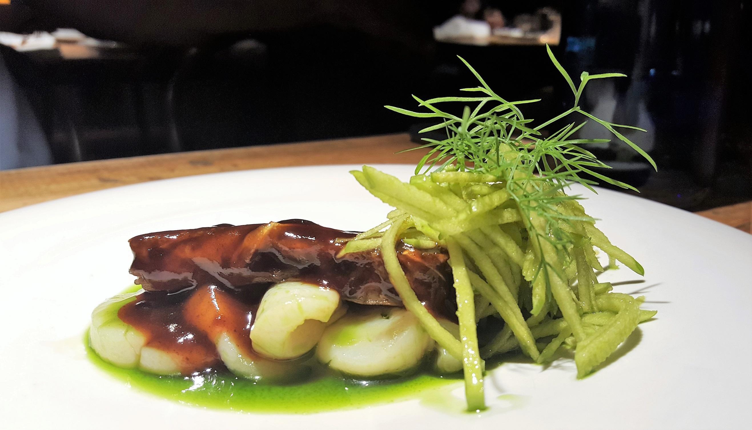 Terrina de oreja y vieira Arima Basque Gastronomy